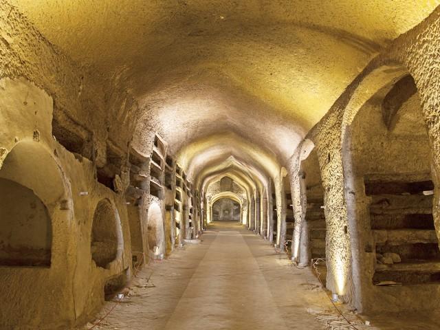Catacombe di Napoli e Rione Sanità